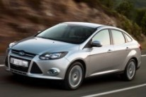 neumáticos para Ford Focus Sedan III